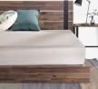 ZINUS Brock Metal and Wood Platform Bed Frame / Solid Acacia Wood Mattress Foundation / No Box Sprin